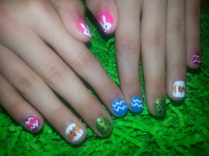Easter Nails with chicks and bunnies.