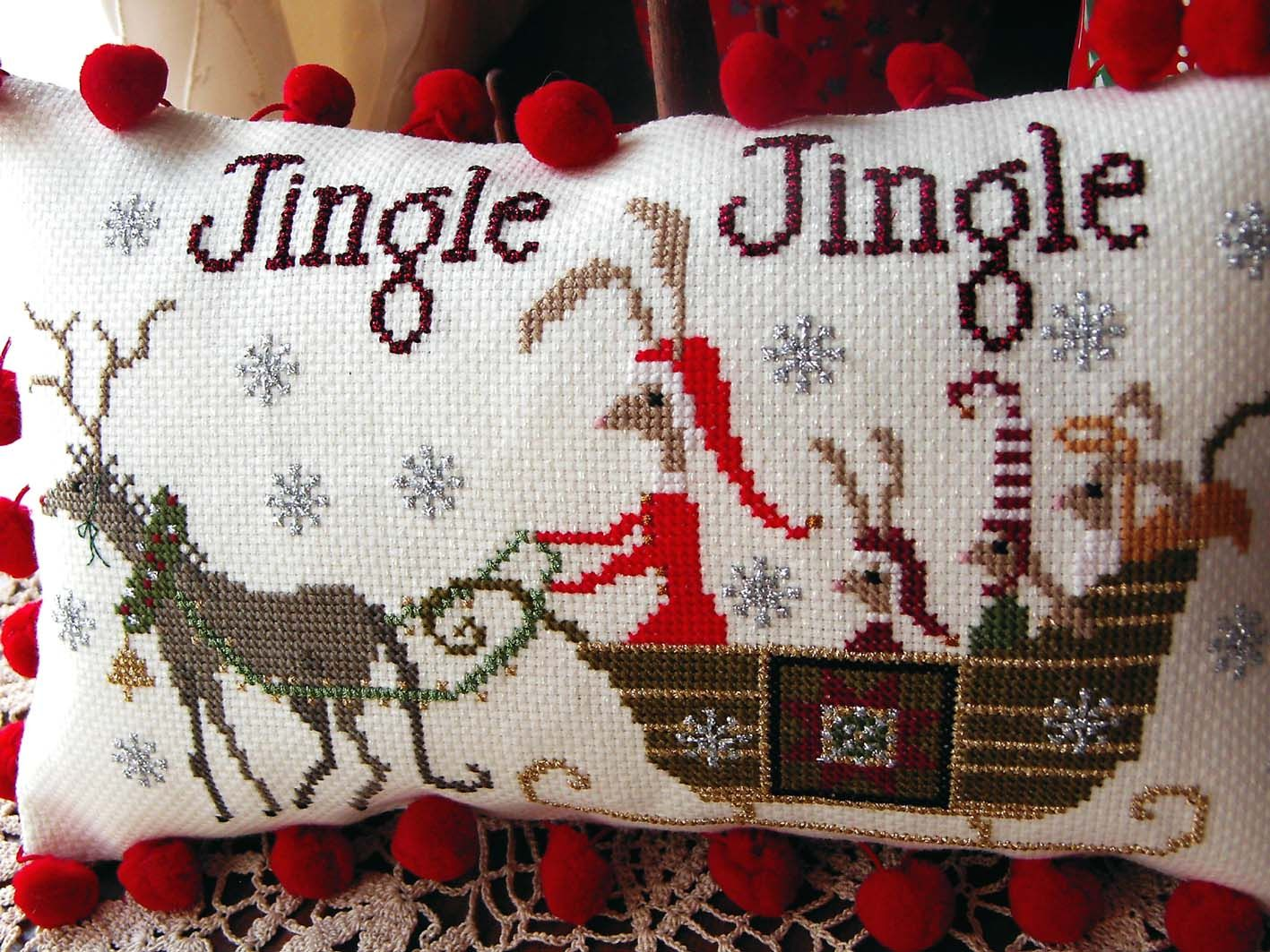 MY CROSS STITCH: Hares' Christmas by Plum Street Samplers