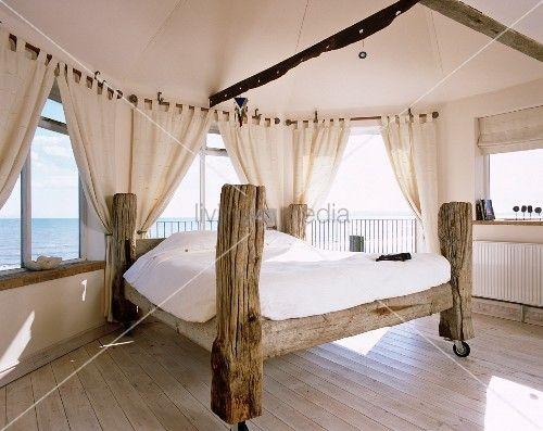 altholzbett chalet einrichtung schlafzimmer wohnen und selbstgebautes bett. Black Bedroom Furniture Sets. Home Design Ideas