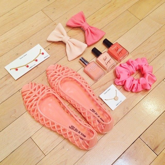 #Pink accessories! #AmericanApparel *