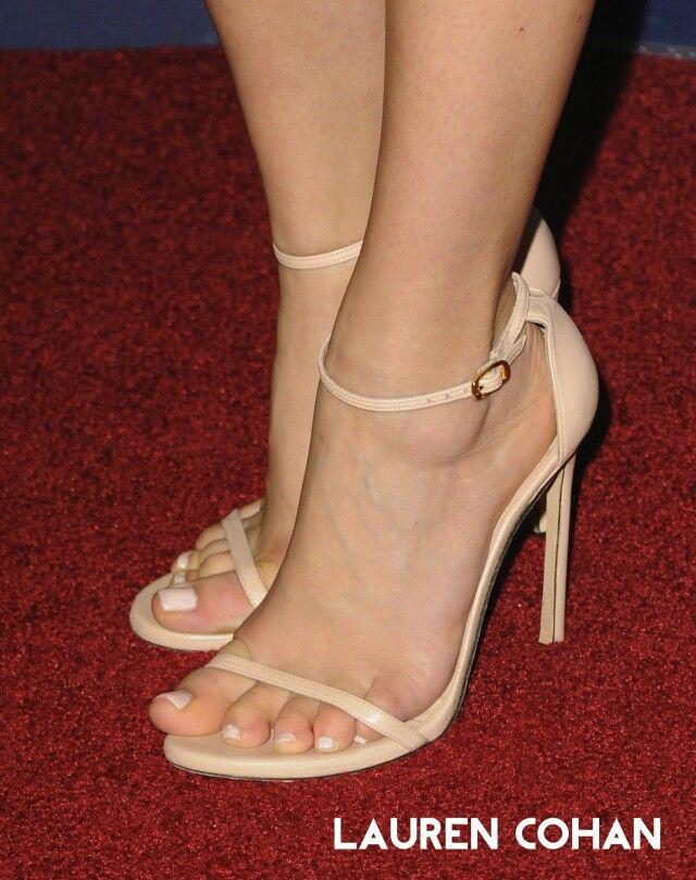 3bcc20c84a82ee Lauren Cohan Sexy High Heels