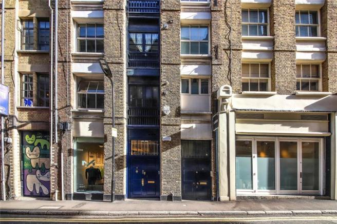 2 Bedroom Property To Rent In Ravey Street London Ec2a Ec2a ファサード
