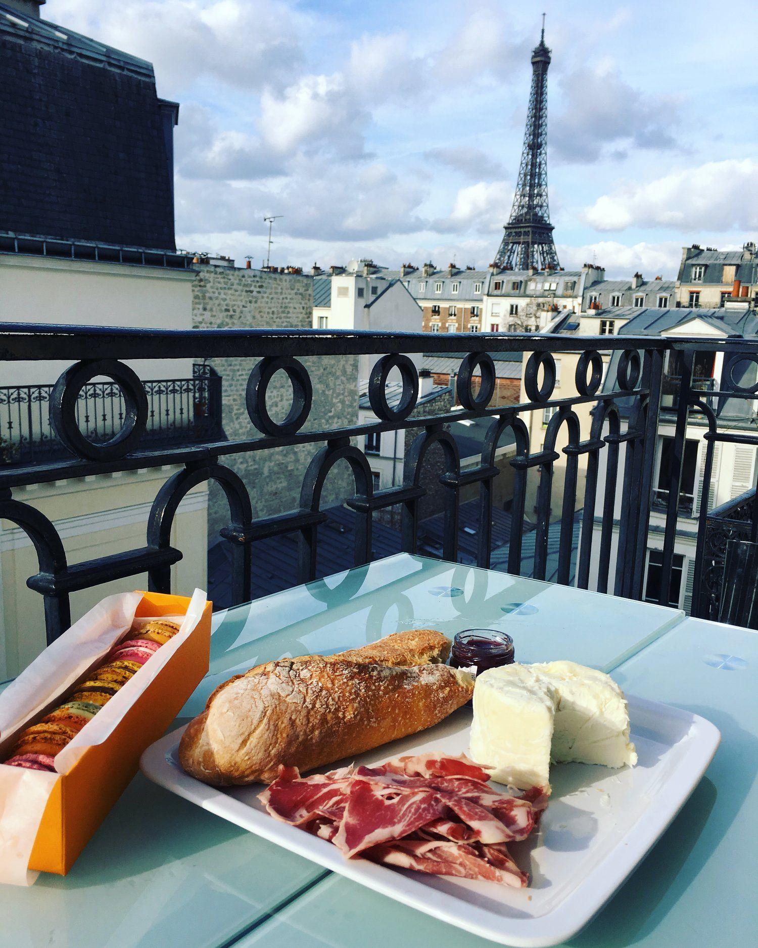 Paris Airbnb, Paris Winter, Paris