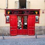 Bono  el cantante de u  prob las croquetas de Maite en CasaJulio y le encantaron Y t cules son tus croquetas favoritasu singer Bono tasted Maites croquettes at CasaJulio and he loved them And you whatre your favorites croquettes Madrid madridcoolblog madridcoolfood madridcool restaurante restauranteenmadrid food foodie tapas tapasenMadrid tapasinMadrid