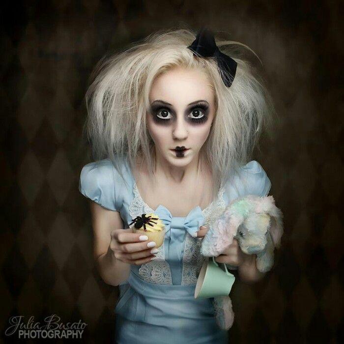 marionetdukke kostume