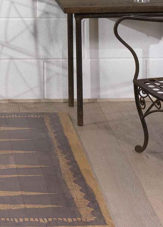 Idee & Parquet, Linea Tappeti: Tappeto DUNE Tappeto formato da tessere in legno di rovere decorato a motivi geometrici riproducendo un antico decoro africano. Le tessere sono fissate su adeguato supporto in tessuto che rende il tappeto arrotolabile. - Rug made of wood segments decorated with ancient African geometric patterns. The segments are fixed on a fabric support, which makes it possible to roll up the rug. #ideeparquet #tappeti #parquet #rug