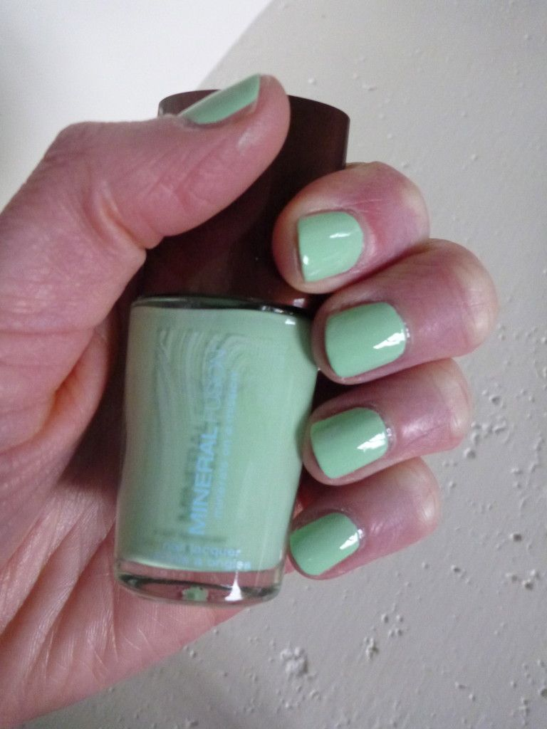 The best mint nail polish for spring/summer: Glint of Mint by ...