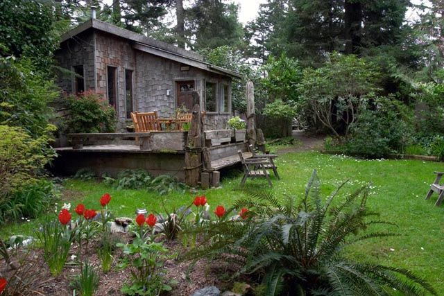 Garden Cottage   Oceanfront Accommodation On Chesterman Beach In Tofino, BC.