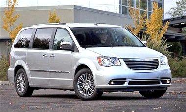 Chrysler Town Country Town And Country Minivan Mini Van