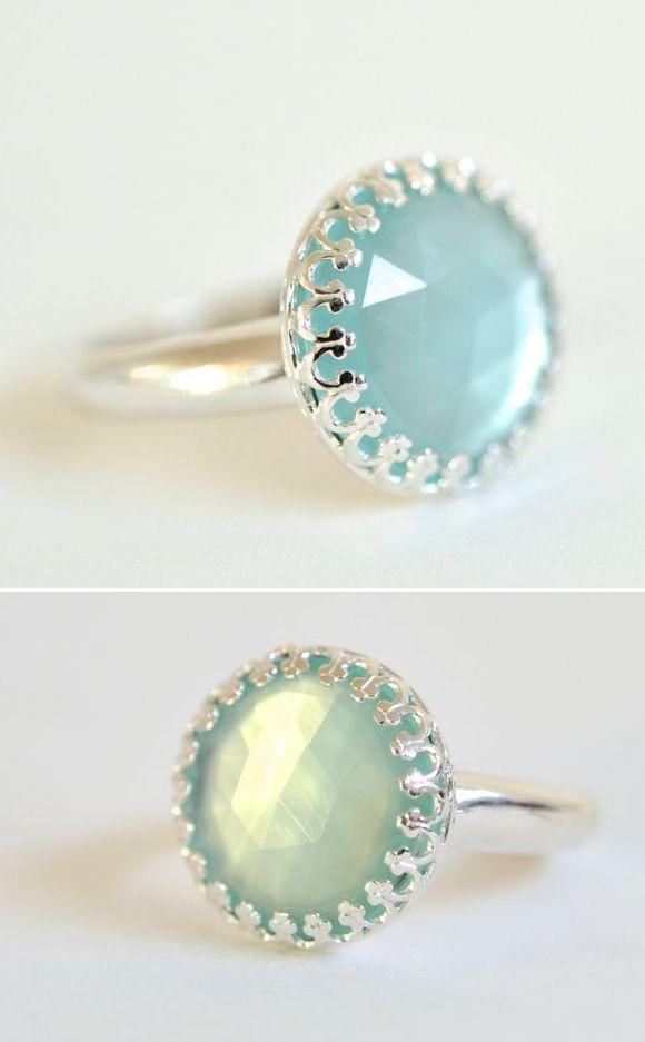 DV Jewels Aqua Chalcedony /& Moonstone Ring