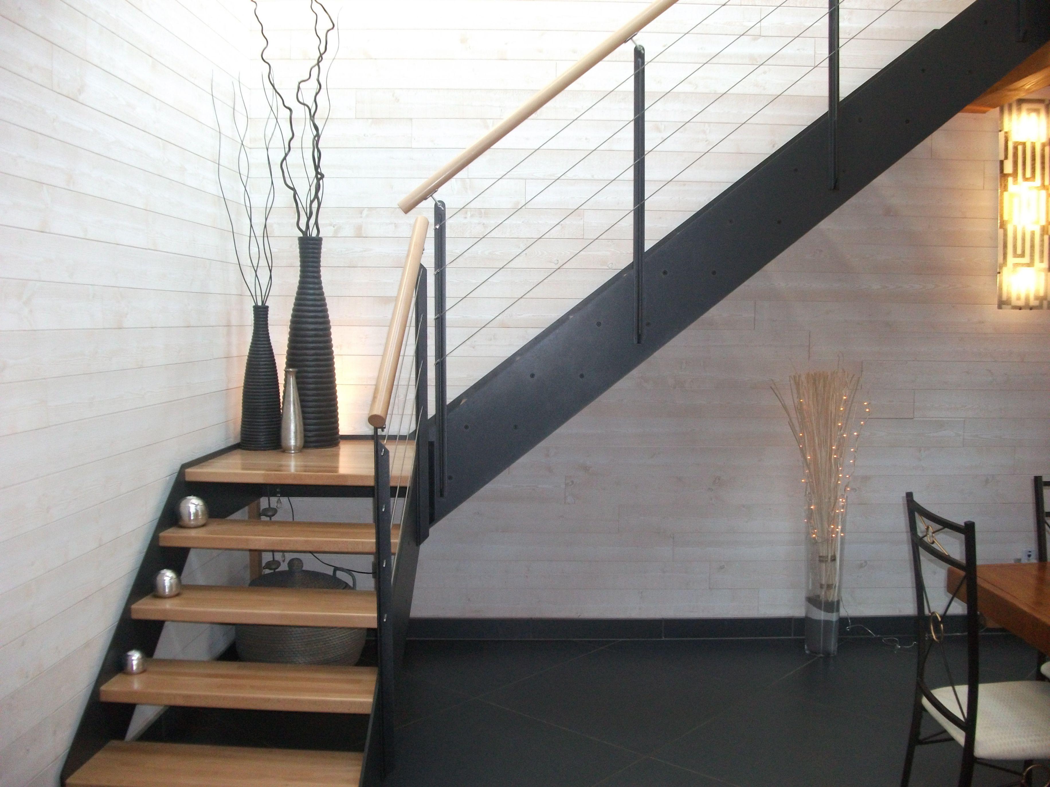 Escalier Bois Metal Noir escalier industriel loft avec limon effet métal noir