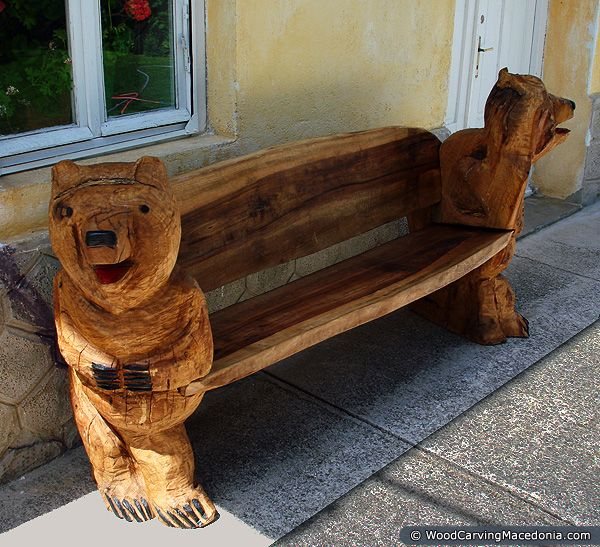 Wooden bears bench chainsaw wood carvings carving