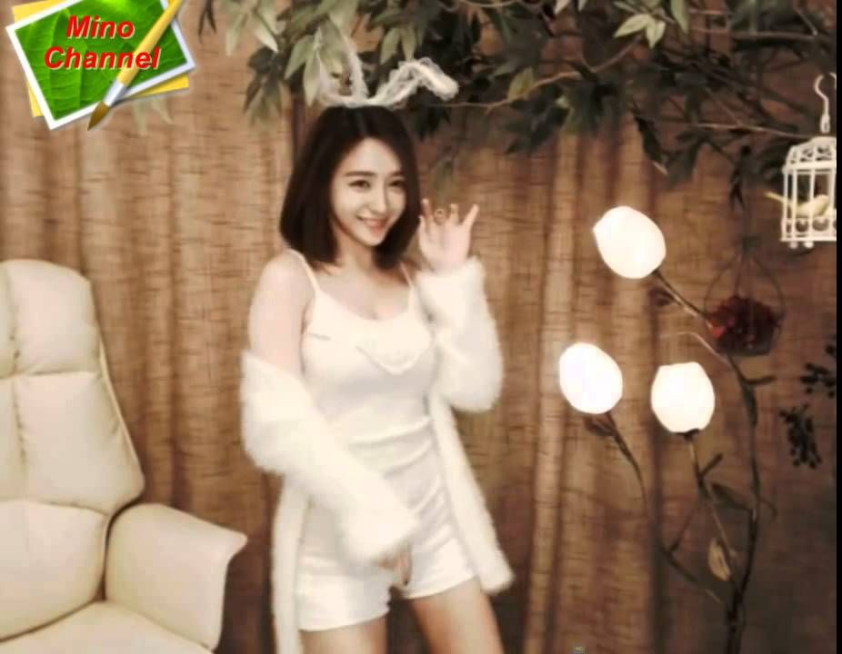 New angle bunny dance so cute by asia woman korean girl bj new angle bunny dance so cute by asia woman korean girl bj ccuart Choice Image
