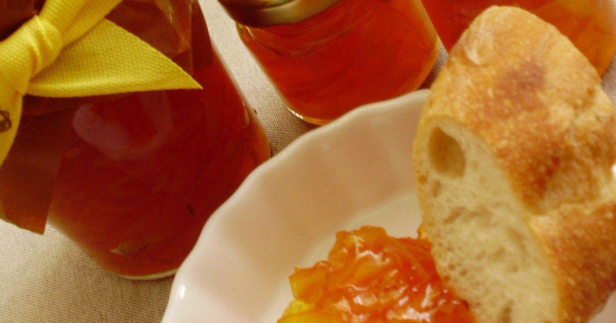 オレンジは作りたいだけ用意!砂糖は、茹でた後の皮、果汁の50%の量前後を用意して下さい。まずは作り方を読んでみてね♪