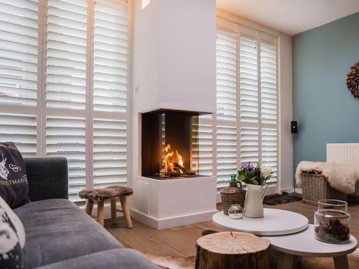 Binnenkijken bij Daniële in Berkel en Rodenrijs. Warme woonkamer met ...