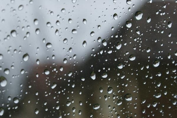 Rain and Water drops Background Image Macro inspiration - water droplets background