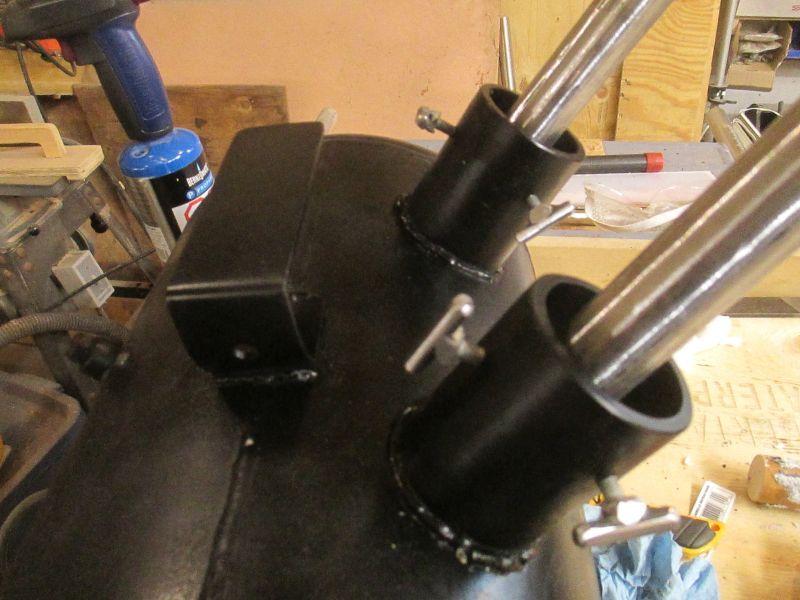 Knife maker shows you stepbystep. Tutorials on building