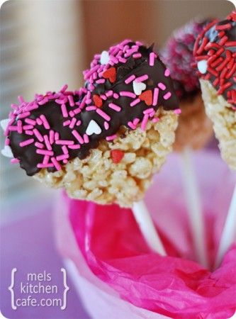 Chocolate Dipped Krispie Treats (Heart Shaped!)