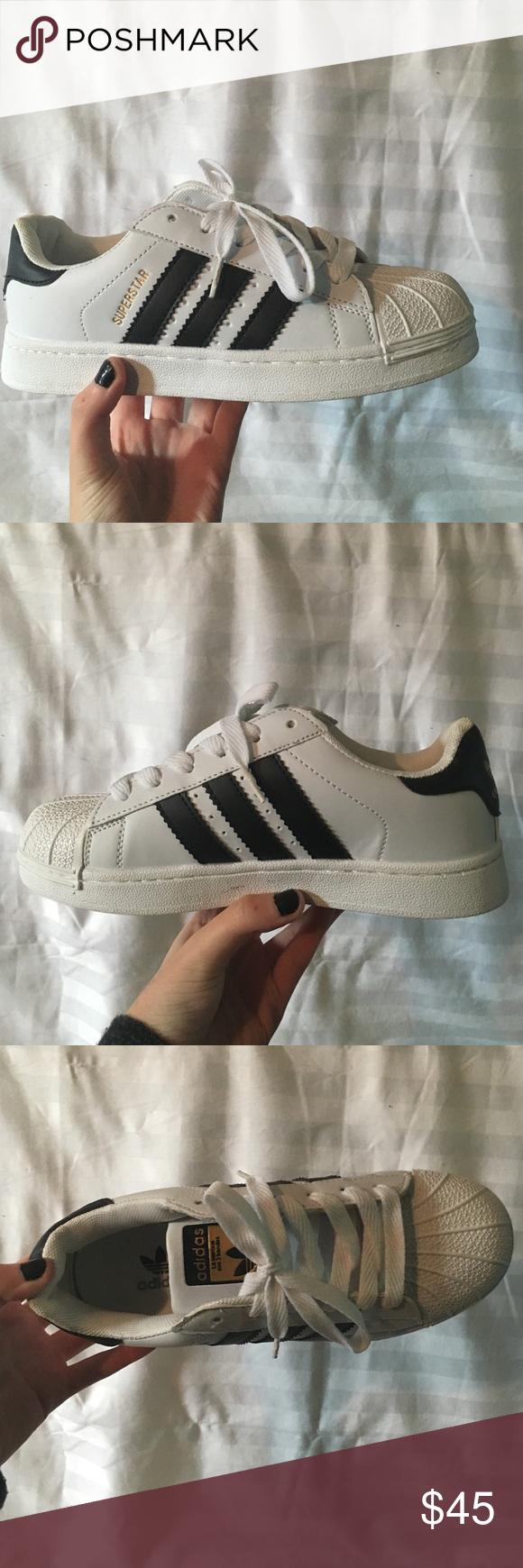 faux white adidas superstar originali scarpe bianche con nero