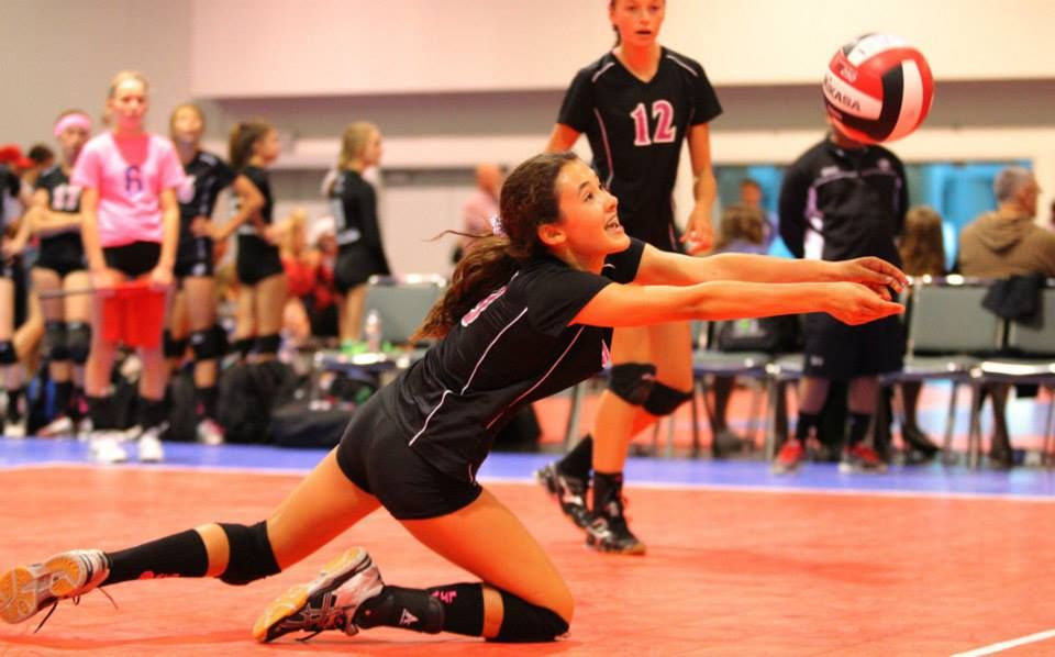 Volleyball Indoor How To Teach And Train Youth Volleyball Athletes Coachestribune Youth Volleyball Youth Sports Olympic Volleyball
