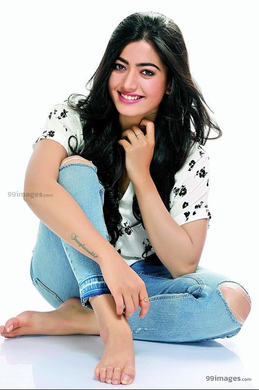 Rashmika Mandanna Beautiful Hd Photos Mobile Wallpapers Hd Android Iphone 1080p Stylish Girl Images Beautiful Girl Photo