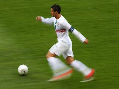 Cristiano Ronaldo ranks 4th as the fastest footbal...