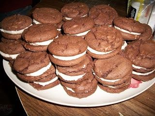 Homemade Oreos that I made with my grand daughters today.  Super easy and inexpe... - Sweets Yummy -