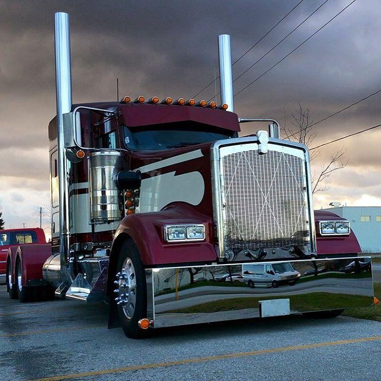 Trucks Daily On Instagram 12gacustoms Truck Lowrider Kenworth Kw Kenworthw900l W900l Cat Cummins Detroit Dies Big Trucks Cool Trucks Kenworth Trucks