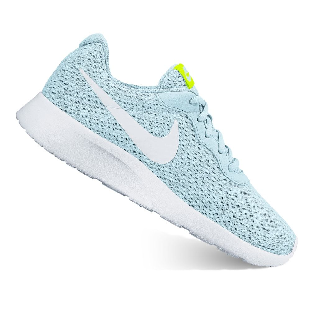 Nike Tanjun Lightweight Running Shoes Women