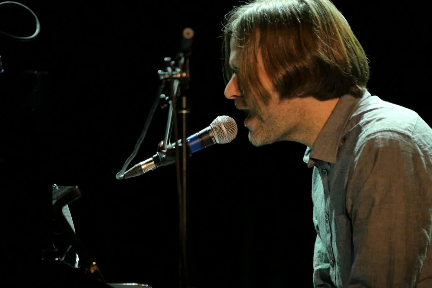 Watch Death Cab For Cutie's Ben Gibbard cover Alvvays' 'Archie, Marry Me' in full