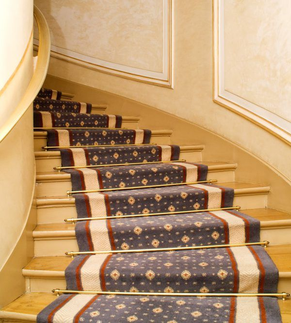 Best Spruce Up Your Staircase With Images Staircase Spruce 400 x 300