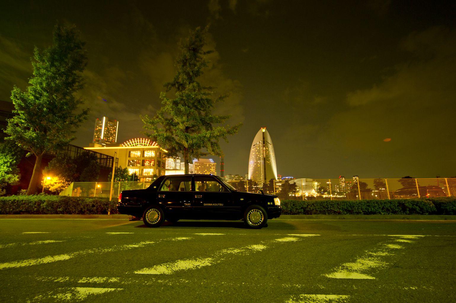 車両 横浜 夜景