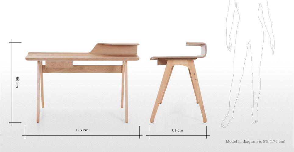 Cornell Schreibtisch in Esche | made.com