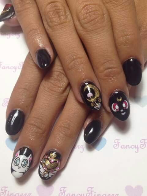 Sailor Moon Nail Art Sailor Moon Nails Goth Nails Moon Nails