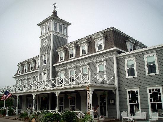 The Hotel Manisses Restaurant Block Island Ri