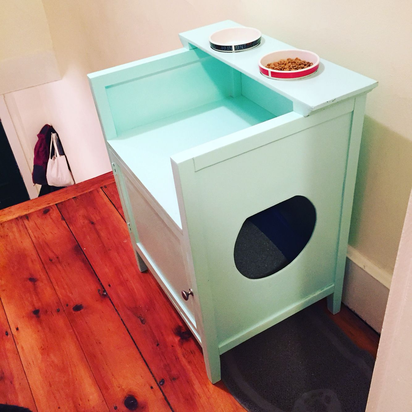Diy Kitty Litter Area And Food Station Cat Food Station Pet Food Station Diy Cat Food