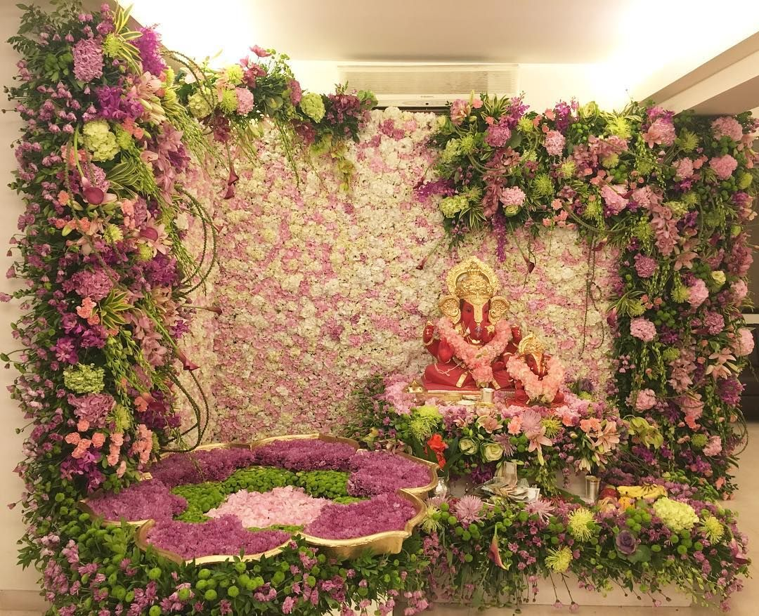 Salman khan 39 s family creates a lotus garden for ganpati for Artificial flower decoration for ganpati