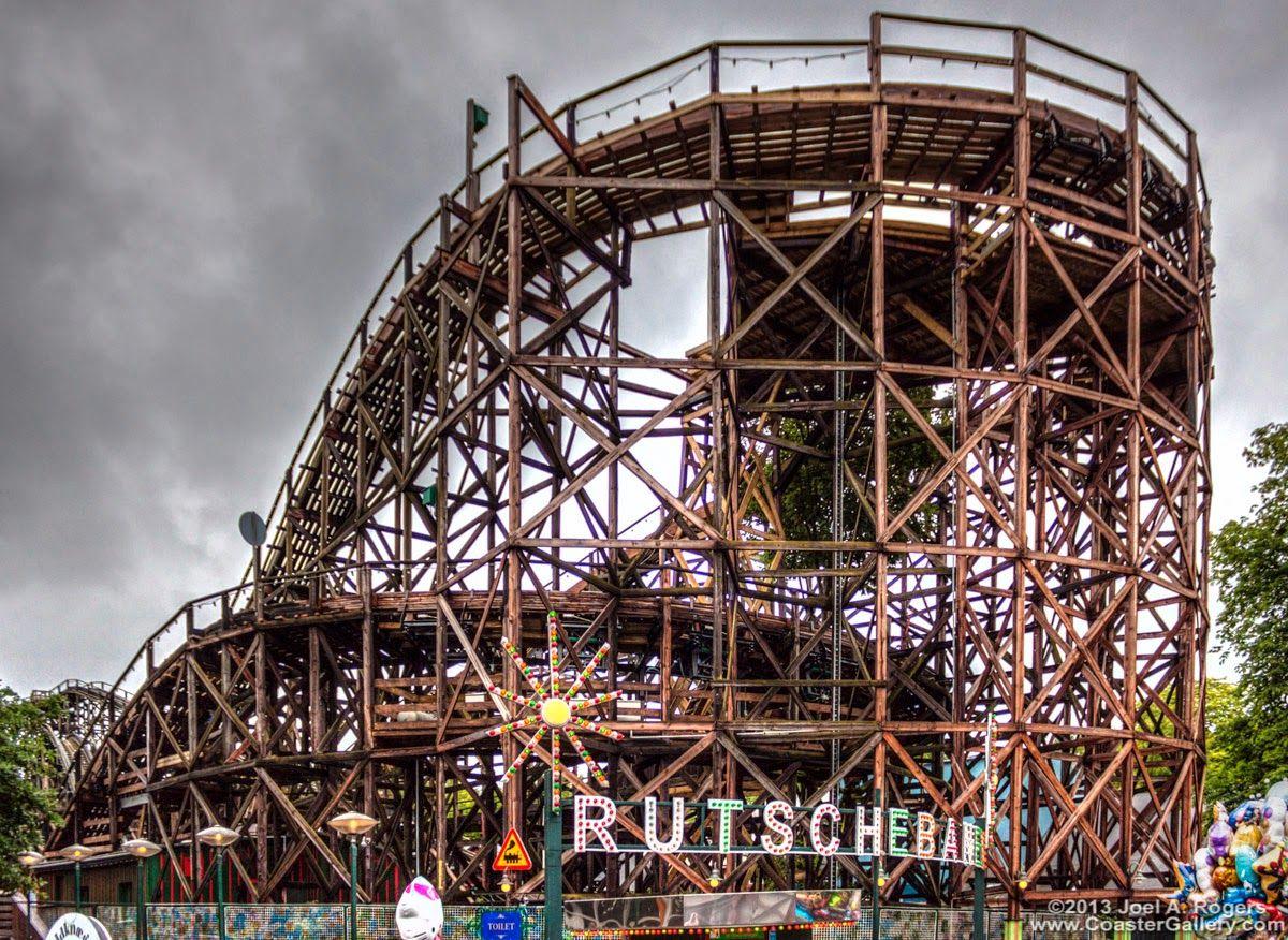 Amusement Attraction Rutschebanen Pov Classic Wooden Roller Coaster