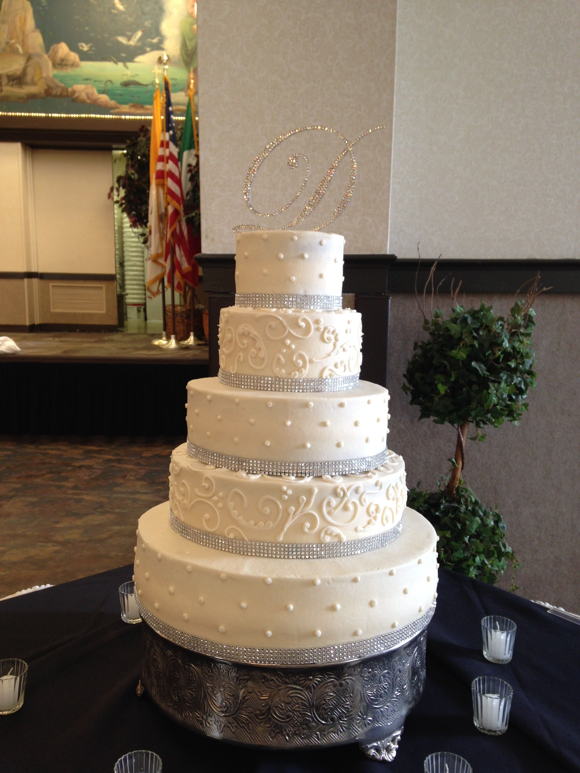 wedding cake bakeries youngstown ohio 5 tier buttercream wedding cake with dots scroll work 21903