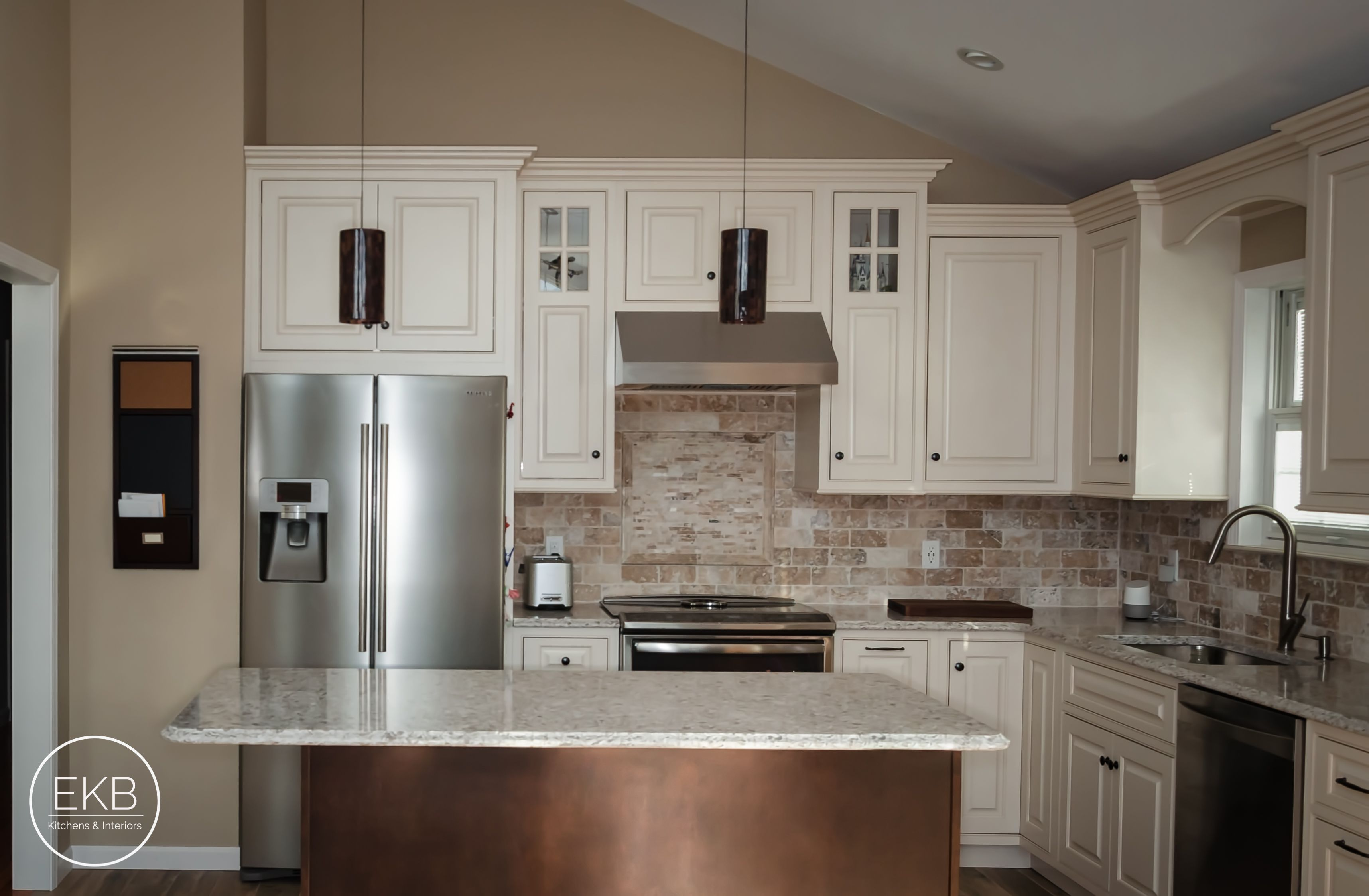 Shiloh Maple Beaded Inset Cabinets In Egg Shell With A Cafe Glaze Inset Cabinets House Rooms Kitchen Cabinets