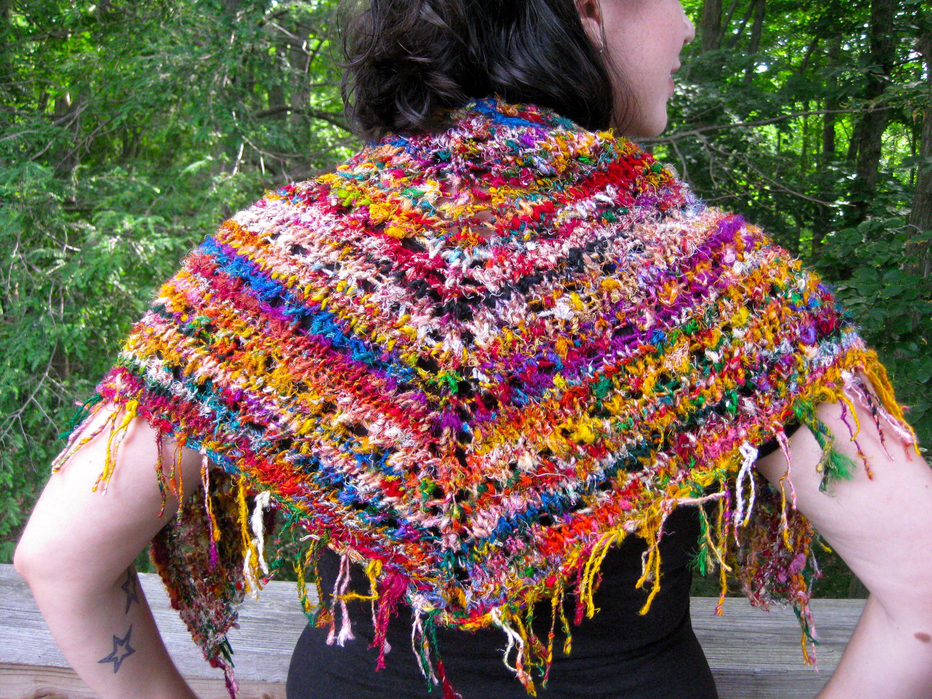 Sari yarn crochet patterns knitted but inspiration crochet sari yarn crochet patterns knitted but inspiration bankloansurffo Gallery