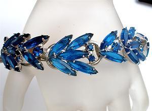 Vintage Juliana Blue Rhinestone Bracelet D & E Sapphire Navette Prong Set