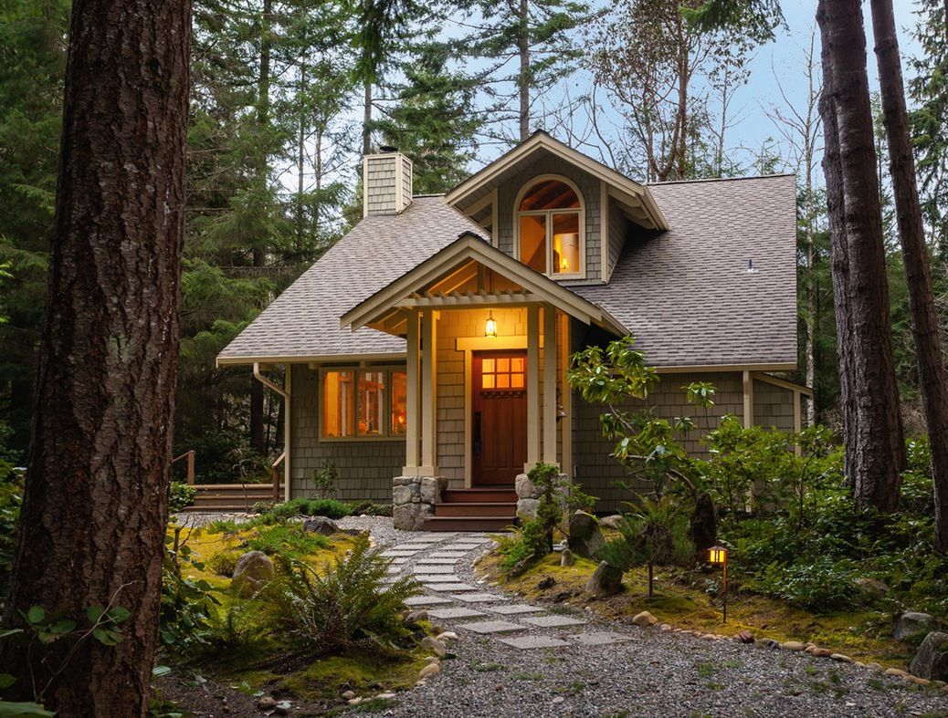 Small homes exteriors on pinterest for Simple cabin