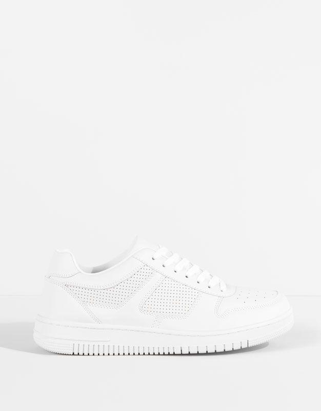 3600р Pull&Bear - для мужчин - мужская обувь - трендовые кроссовки - белый - 17285012-V2016