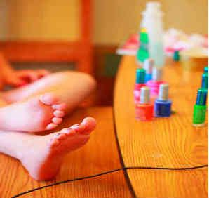 Perfect pedicure at homeBeauty Care Me