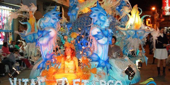 Junto al finde largo de octubre se disfrutará el Desfile de Carrozas Estudiantiles