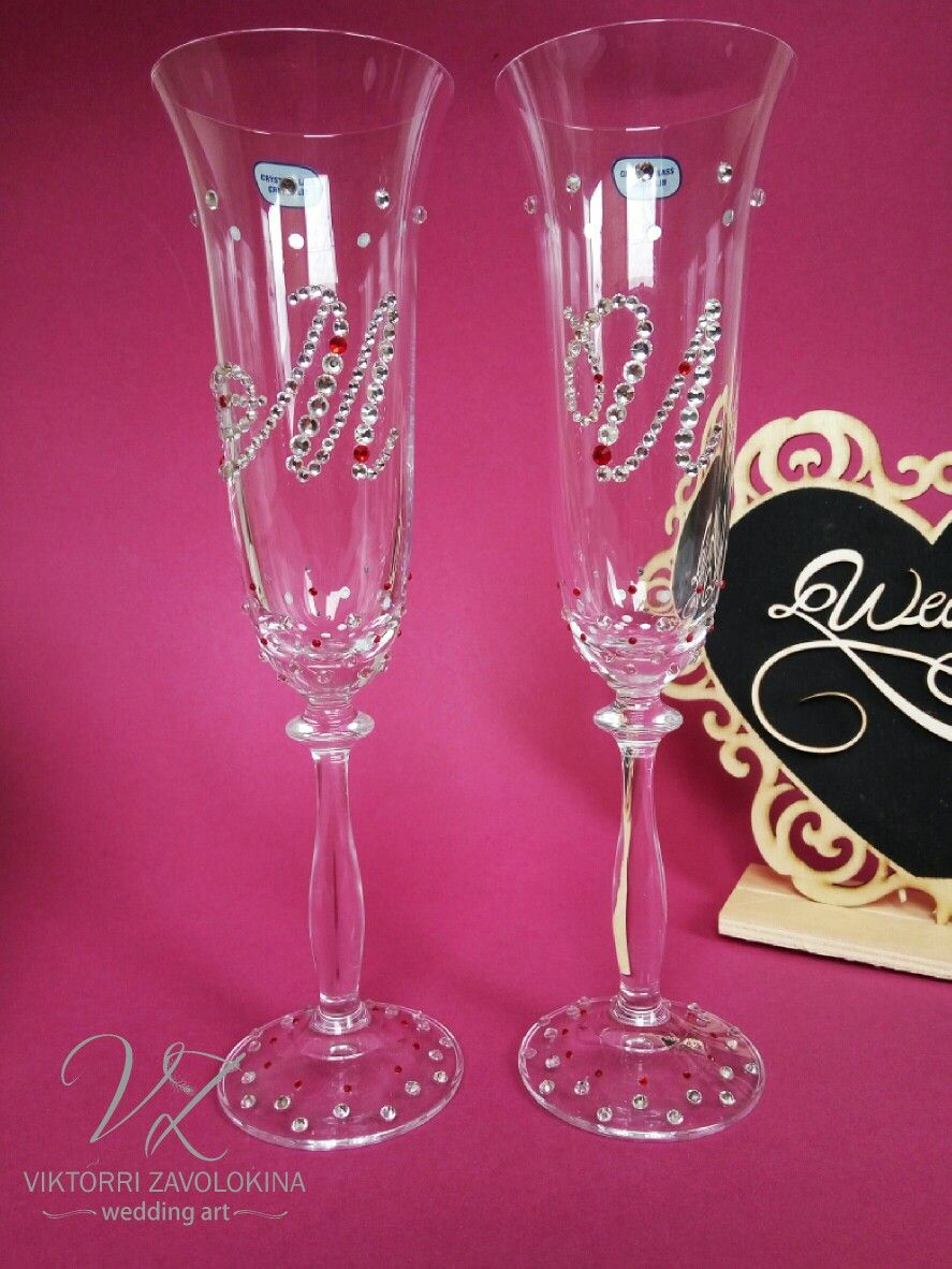 Wedding champagne flutes with rhinestones #weddinggl… | Wedding ...
