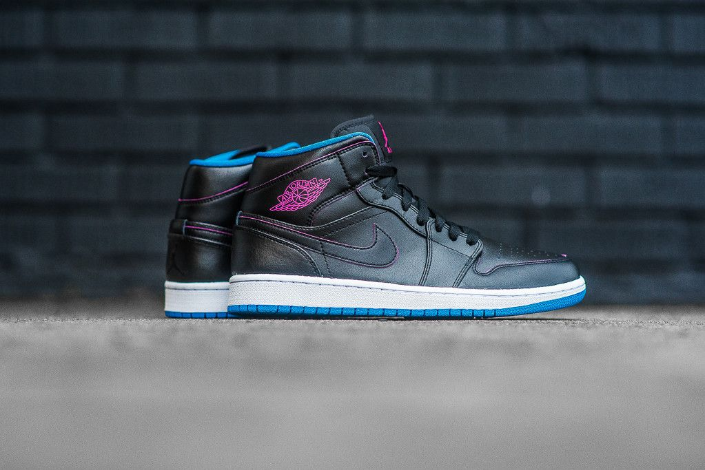 best value 3d189 48a0a Air Jordan 1 Mid