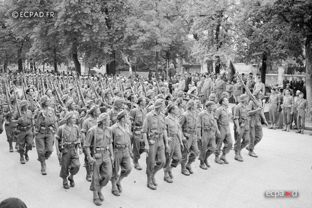 13e Dble Legionnaires In Dijon In September 1944 Legion Etrangere French Foreign Legion French Army