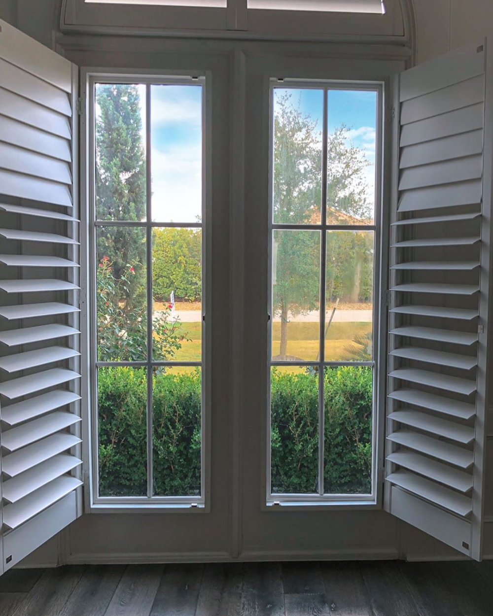 Foggy Home Office Windows Got An Upgrade The Glass Experts Ames Glass Instagram Photos And Videos In 2020 Window Design Windows Exterior Windows